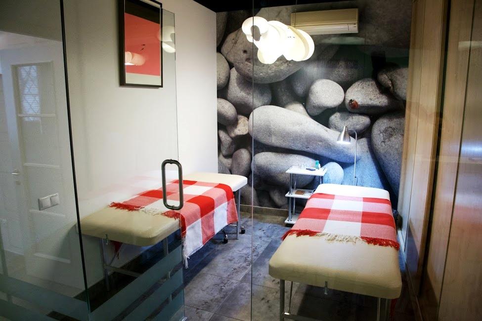 Студия маникюра рядом с метро Полянка фото 10