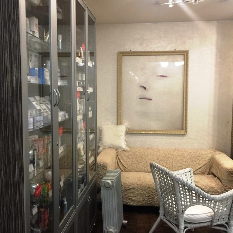 Салон красоты бизнес-класса на Юго-Западе в собственность! Купить 4